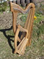 Mutter-Kind Harfe 27 und 12 Saiten Walnuss verziert + Zubehör