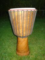 Afrikanische Djembe Maili, restauriert - veredelt 65 / 34 / 22 cm Palisanderholz + Tasche