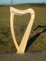 Harfe 19 Saiten Esche glatt, neue Klappen + Füße + Zubehör