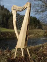 Harfe 22 Saiten Esche, neue Klappen + Füße + Zubehör