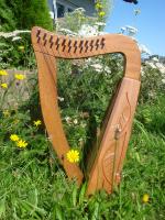 Harfe 12 Saiten Mahagoni verziert + Zubehör
