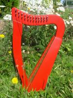 Harfe 12 Saiten Buche Rot, verziert + Zubehör