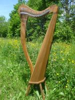 Harfe 27 Saiten C3-A6 auf 432 Hz optimiert + Füße