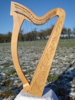 Harfe 27 Saiten E3 Buche verziert altes Klappensystem mit Tasche