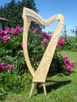 Harfe 27 Saiten Esche verziert C3 Neue Klappen + Füße + Zubehör